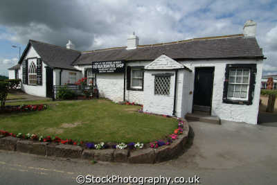 gretna green old blacksmith shop marriages held uk commercial buildings retailers british architecture architectural matrimony elopement dumfries galloway dumfrieshire dumfriesshire scotland scottish scotch scots escocia schottland great britain united kingdom