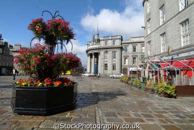 aberdeen flower arrangement castlegate british architecture architectural buildings uk aberdeenshire scotland scottish scotch scots escocia schottland great britain united kingdom