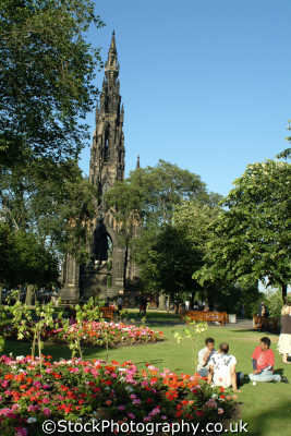 edinburgh scott monument east princes street gardens uk statues british architecture architectural buildings midlothian central scotland scottish scotch scots escocia schottland great britain united kingdom