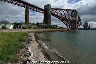 forth bridge houses uk bridges rivers waterways countryside rural environmental fife scotland scottish scotch scots escocia schottland great britain united kingdom british