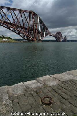 forth bridge mooring ring uk bridges rivers waterways countryside rural environmental fife scotland scottish scotch scots escocia schottland great britain united kingdom british