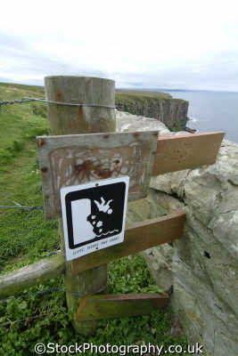 dangerous cliffs warning sign caithness uk coastline coastal environmental highlands islands scotland scottish scotch scots escocia schottland great britain united kingdom british
