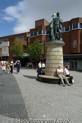 kilmarnock town centre shoppers uk towns environmental ayrshire scotland scottish scotch scots escocia schottland great britain united kingdom british