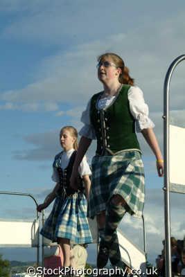 women traditional scottish costume highland dancing people persons tartan kilt stirling stirlingshire scotland scotch scots escocia schottland great britain united kingdom british