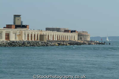 hurst castle solent british castles architecture architectural buildings uk fortifications isle wight england english great britain united kingdom