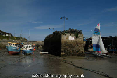 newquay harbour low water harbor uk coastline coastal environmental cornish cornwall england english great britain united kingdom british