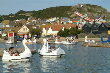 boating lake hastings british seaside coastal resorts leisure sussex home counties england english angleterre inghilterra inglaterra united kingdom