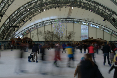 eden project ice rink tourist attractions england english botanical garden attraction architectural geodesic dome cornish cornwall angleterre inghilterra inglaterra united kingdom british