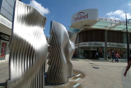 corporate art plaza brunel shopping centre swindon arts wiltshire wilts england english angleterre inghilterra inglaterra united kingdom british