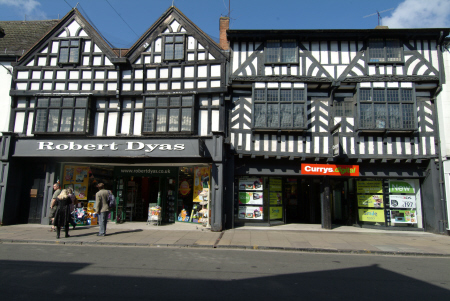 robert dyas currys stratford avon warwickshire half timbered buildings historical uk history british architecture architectural tudor england english angleterre inghilterra inglaterra united kingdom
