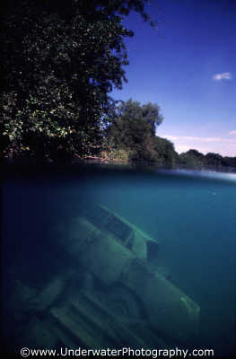 car lake trees surface seascapes scenery scenic underwater marine diving benny sutton england english angleterre inghilterra inglaterra united kingdom british