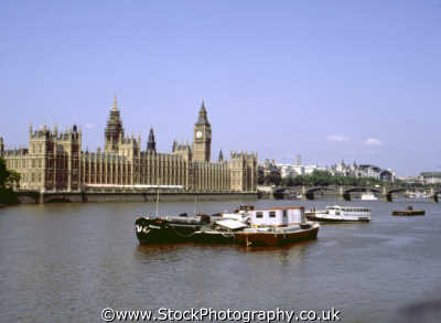 barges thames houses parliament london famous sights capital england english uk government politics westminster cockney angleterre inghilterra inglaterra united kingdom british