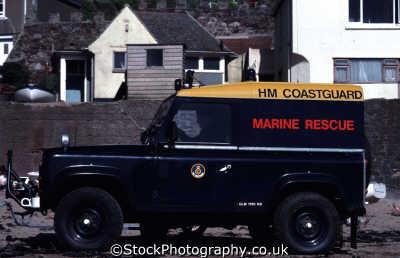 marine rescue landrover rnli coastguard lifeboat uk emergency services car automobile dorset england english angleterre inghilterra inglaterra united kingdom british