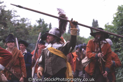 foot soldier infantry pikestaff rousing troops civil war historical britain history science misc. english enactment inspire middlesex middx england angleterre inghilterra inglaterra united kingdom british