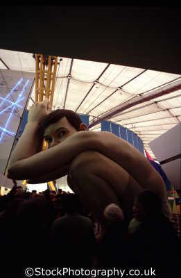 mind zone exhibit schizophrenic 30 foot tall boy medicine health science misc. 2000ad y2k millenium dome greenwich london cockney england english angleterre inghilterra inglaterra united kingdom british