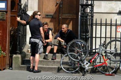 bike messengers working people persons chatter gossip westminster london cockney england english angleterre inghilterra inglaterra united kingdom british