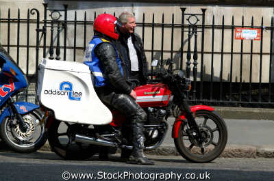 motorcycle messenger kawasaki motorbike working people persons lost westminster london cockney england english angleterre inghilterra inglaterra united kingdom british