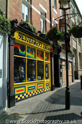 shop called yesterdays bread carnaby st w1 shops shopping buildings architecture london capital england english uk hippy hippies psychedelic 60 westminster cockney angleterre inghilterra inglaterra united kingdom british