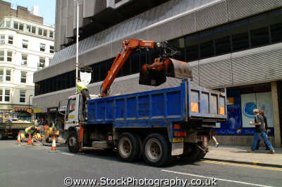 roadworks lorry hydraulic grabber working people persons westminster london cockney england english angleterre inghilterra inglaterra united kingdom british