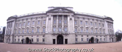 buckingham palace royalty queen tourism famous sights london capital england english uk fisheye westminster cockney angleterre inghilterra inglaterra united kingdom british