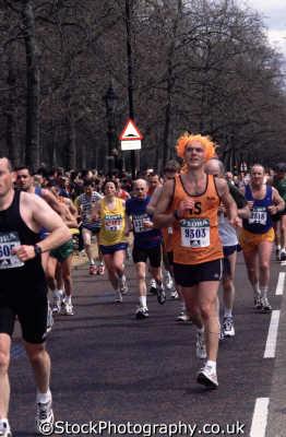 runner london marathon 2001 running jogging athletic events capital england english uk orange westminster cockney angleterre inghilterra inglaterra united kingdom british