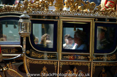 queen elizabeth royal coach royalty aristocracy celebrities celebrity fame famous star people persons westminster london cockney england english angleterre inghilterra inglaterra united kingdom british