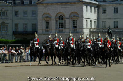 ridepast horseguards parade soldiers british army armies uk military militaries cavalry pagent ceremony ceremonial westminster london cockney england english angleterre inghilterra inglaterra united kingdom