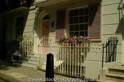 typical kensington terraced house ground floor famous sights london capital england english uk window box chelsea cockney angleterre inghilterra inglaterra united kingdom british
