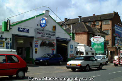 backstreet mot car repair garage motoring driving motor cars automobiles transport transportation uk cowboy bodge job ealing london cockney england english angleterre inghilterra inglaterra united kingdom british