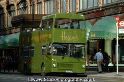 harrods bus buses transport transportation uk al-fayed al fayed alfayed kensington chelsea london cockney england english angleterre inghilterra inglaterra united kingdom british