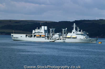 naval warship royal navy navies uk military militaries anchor plymouth devon devonian england english angleterre inghilterra inglaterra united kingdom british