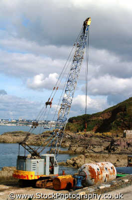 crane construction building industry industrial uk business commerce lift devon devonian england english angleterre inghilterra inglaterra united kingdom british