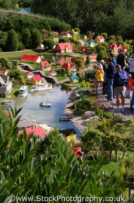 model village legoland theme park uk parks amusement tourist attractions leisure lego berkshire england english angleterre inghilterra inglaterra united kingdom british