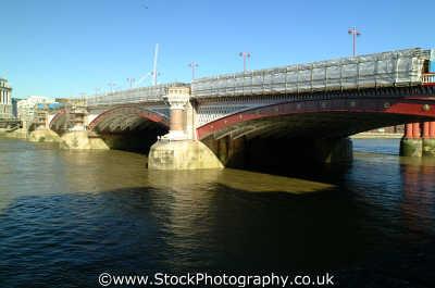 blackfriars bridge thames bridges crossing london capital england english uk city cockney angleterre inghilterra inglaterra united kingdom british
