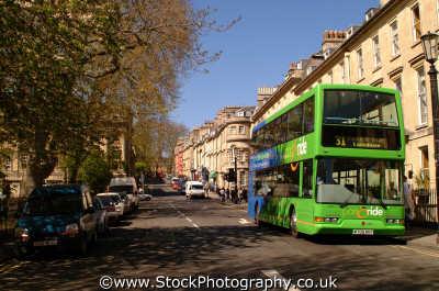 green bus bath south west england southwest country english uk spa regency georgian stone wiltshire wilts angleterre inghilterra inglaterra united kingdom british