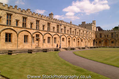 christ church college quadrangle oxford british universities university education learning educated educating uk academic oxfordshire home counties england english angleterre inghilterra inglaterra united kingdom