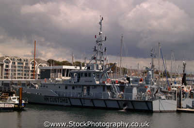 hm customs search vessel royal navy naval navies uk military militaries plymouth devon devonian england english angleterre inghilterra inglaterra united kingdom british