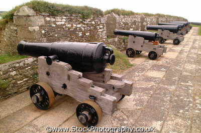 cannons uk military militaries war ballistics munitions cornwall cornish england english angleterre inghilterra inglaterra united kingdom british
