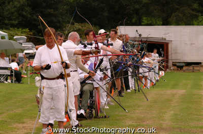 archers archery sports sporting uk arrows target bow cornwall cornish england english angleterre inghilterra inglaterra united kingdom british
