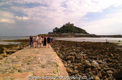 st michael mount causeway south west england southwest country english uk marazion penzance cornish cornwall angleterre inghilterra inglaterra united kingdom british