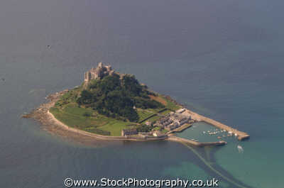 st michael mount aerial shot south west england southwest country english uk island coastal heritage penzance cornish cornwall angleterre inghilterra inglaterra united kingdom british