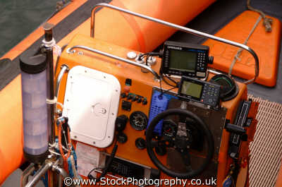 rib driving console power boats motor yachts powerboats marine misc. gps band echo sounder cornwall cornish england english angleterre inghilterra inglaterra united kingdom british