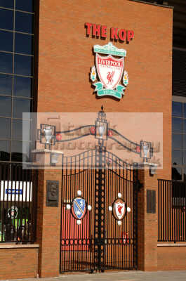paisley gateway kop anfield liverpool north west northwest england english uk scouse liverpudlian football soccer premier league merseyside angleterre inghilterra inglaterra united kingdom british