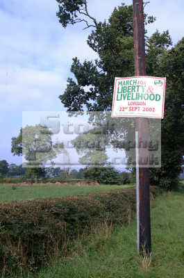 sign countryside alliance march 2002 rural environmental uk protest liberty livelihood cheshire england english angleterre inghilterra inglaterra united kingdom british