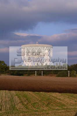 jodrell bank radio telescope uk media communications seti search extraterrestrial astronomy cheshire england english angleterre inghilterra inglaterra united kingdom british