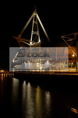 millenium stadium night cardiff uk venues british architecture architectural buildings glamorgan wales welsh país gales united kingdom