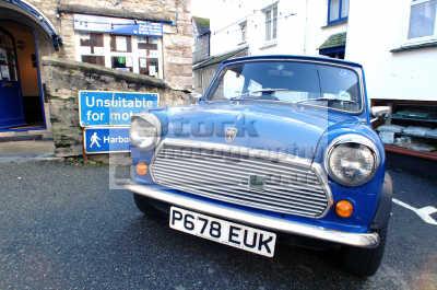 blue mini south west england southwest country english uk minor cars polperro cornwall cornish angleterre inghilterra inglaterra united kingdom british
