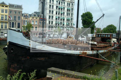 barge loaded logs rotterdam dutch netherlands european travel holland la hollande holanda olanda europe