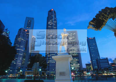 singapore sir thomas stamford night asian travel finance capitalism capitalist markets asia