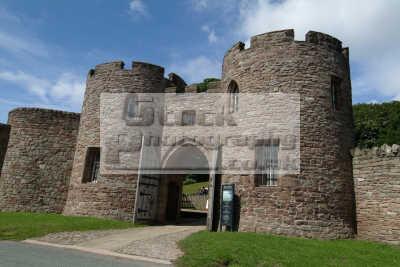 beeston castle entrance british castles architecture architectural buildings uk cheshire england english angleterre inghilterra inglaterra united kingdom